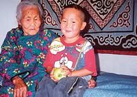 Бабушка Индяка с внуком Степаном