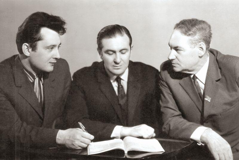 Дальневосточные композиторы. Слева направо: Б.Д. Напреев, Ю.Я. Владимиров,  Н.Н. Менцер. 1960-е. Фото Валерия Яковлева