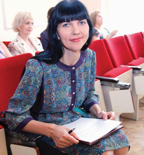 Завуч колледжа, кандидат искусствоведения Лариса Алексеевна Михайленко